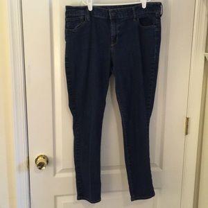 Size 14 Old Navy Super Skinny Jeans
